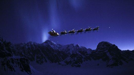 santa-flying-wallpapers-59497-9143483